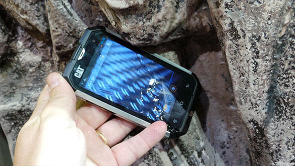 CAT B15 smartphone